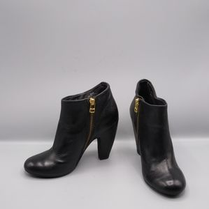 Steve Madden Penelope Black Leather Ankle Booties